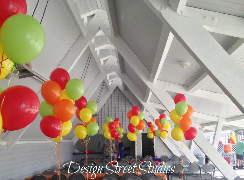 Corporate table Balloons