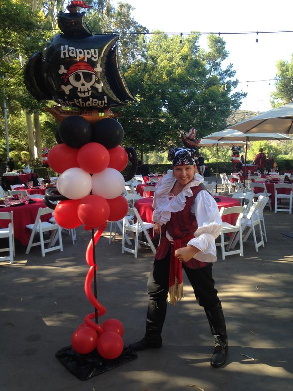 Pirate Party Balloon Trees